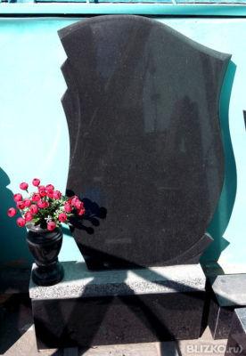 Фото могил с вазами для цветов